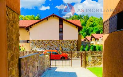 Casa tip duplex, cartier rezidential, Noua, Brasov