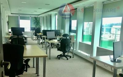 Spatiu birouri cu vedere panoramica si terasa de 90mp la etajul 12, Brasov