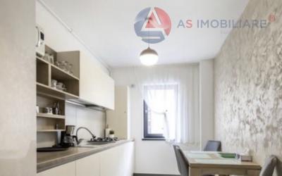 Rafinata proprietate cu elegantă poziționare, Central, Brasov